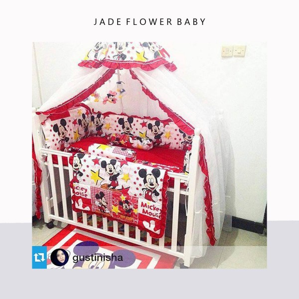 Mickey has always been timeless. Red mickey for your baby bedding, as seen on @gustinisha
